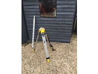 Stanley tri pod and staff for laser or dumpy level