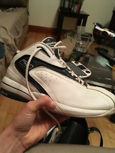 Reebok men's sneakers size 9