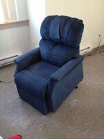 Blue lift chair