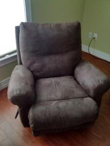 Lane Furniture brand Basic recliner