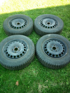 4 Volkswagen Golf tires with rims For SALE!!!