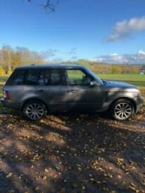 image for 2011 Land Rover Range Rover 4.4 TDV8 Vogue SE 4dr Auto Estate Diesel Automatic