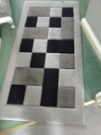 Grey checkerboard rug 120x60 Turkey