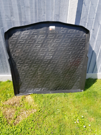 universal boot liner from ford mondeo 2014