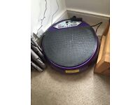 Vibrating exercise board