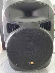 Pyle PPHP-1599AI speaker w/ Mp3 & iPod Player London Ontario image 1
