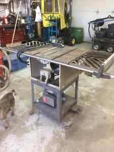 """10"""" ROCKWELL/BEAVER TABLE SAW"""