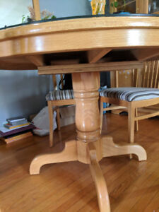 Dinning table, Chairs and Hutch