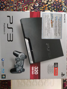 Perfect condition PS3 WITH 2 CONTROLLERS & 4 games incl.!!!