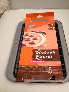 Bakers Secret toaster over cooking pan