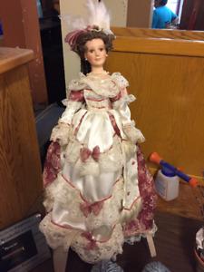 FAPO - Antique Doll