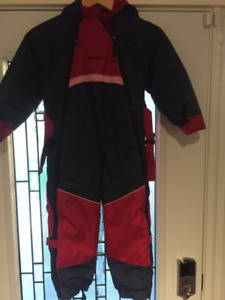 Ski / snow suite one piece size 5