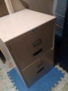Range dossier metalique 2 enormes tiroirs