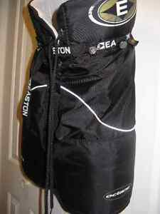 Easton Octane Hockey Pants - Junior Large - Freshly Washed London Ontario image 2