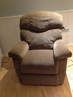 Fauteuil inclinable electrique / electric lazy boy chair