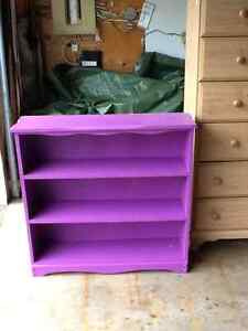 For sale various pieces of furniture