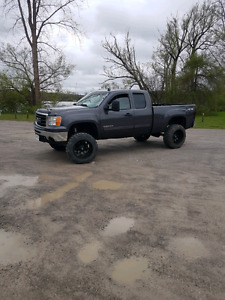 2011 gmc sierra 1500 lifted