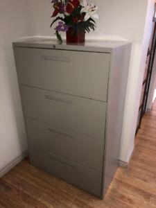 Filing Cabinet/Classeur