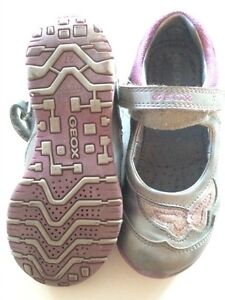 Girls size 10 Geox Mary Janes Kingston Kingston Area image 2