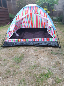 2 person festival tent with FREE camping mat