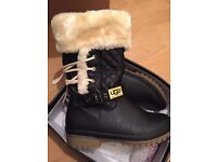 Ugg type boots size 4