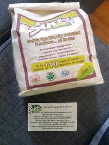 Eco suds soap nuts and 2 x dryer balls