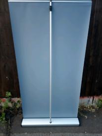 Display Stand Banner - Merlin - Interchangeable Cassette