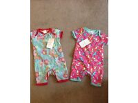 2 new outfits (boots mini club 0-3 months)
