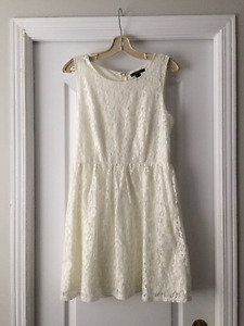white lace forever 21 dress (large)