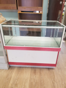 Show Cases for Display FOR SALE