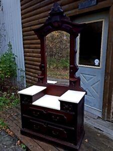 Victorian Dresser Kijiji In Ottawa