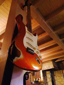 Fender Custom Shop 1957 Stratocaster Heavy Relic Faded Candy Tan