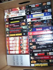 GREAT COLLECTION OF 893 VHS MOVIES