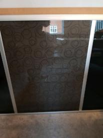 2 x sliding wardrobe doors