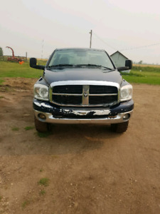2007 Dodge for sale!