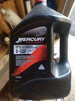 Bateau huile mercury