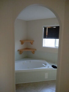 Roommate wanted to share 2 bdrm townhouse in Tawa