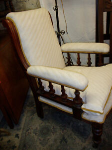 Antique Victorian Gentleman's Arm Chair