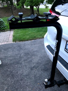 ~Like new~ SportRack hitch mounted 3 bike rack with towing ball
