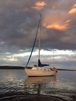 Hughes 29 Priced to Sell - Turn Key Entry into Keelboat Sailing