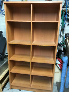 Bookcase in excellent condition