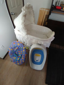 Bathtub / Chair / Bassinet