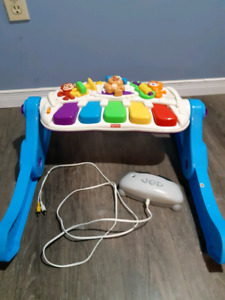 Fisher-Price Laugh and Learn Learn and Move Station