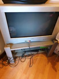 Sanyo tv, x box, PlayStation 3