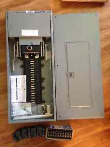 200 AMP SQUARE D ELECTRICAL PANEL