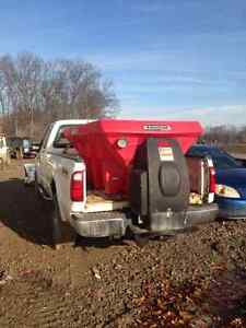 2008 Ford F-250 Pickup Truck With Blizzard plow and Salter Windsor Region Ontario image 5