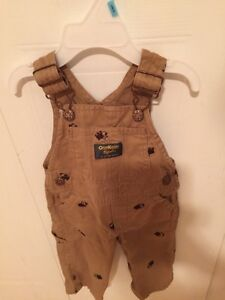 Baby boys clothing (in mint condition)