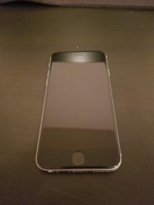 iPhone 6s en parfait état 16Go avec Bell 18 mois d'utilisations