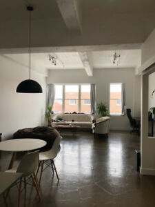 URGENT Huge Mile-End Loft Closed Room, *Lease Assignment*