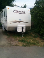 27' Keystone Cougar trailer (hitch mount) with a polar package